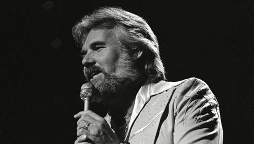 Preminuo Kenny Rogers, legenda country muzike