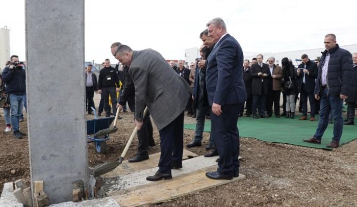 U Gradaccu Polozen Kamen Temeljac Za Novu Fabriku Autodijelova