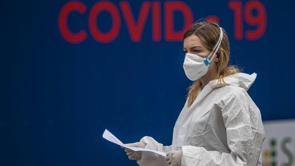 Zašto koronavirus predstavlja takvu prijetnju zdravlju?